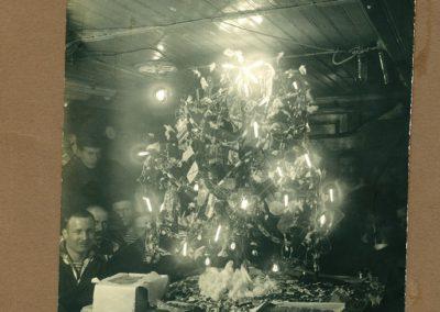 19 Зимовка на ''Таймыре'' (из архива Евгеновых)