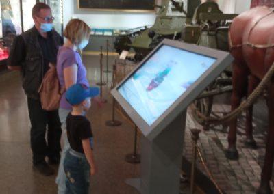 Мультимедийная выставка «Неизвестные герои Севера. Василий Бурханов» начала работу в экспозиции Центрального музея Вооружённых сил.